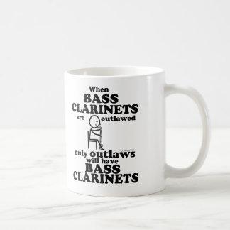 Clarinetes bajos proscritos taza de café