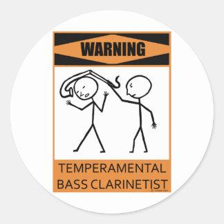 Clarinetist bajo temperamental amonestador pegatina redonda