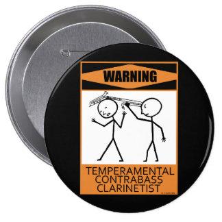 Clarinetist temperamental amonestador del Contraba Pin
