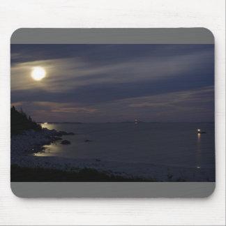 Claro de luna creciente cristalino de la playa alfombrillas de raton
