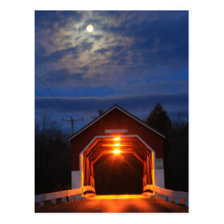 Claro de luna del puente cubierto de Carlton Tarjeta Postal