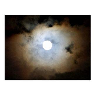 Claro de luna en Mayfair. Las nubes y las luces de Tarjetas Postales