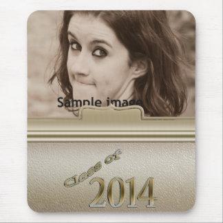 Clase 2014 de foto personalizada oro de la graduac alfombrillas de ratones