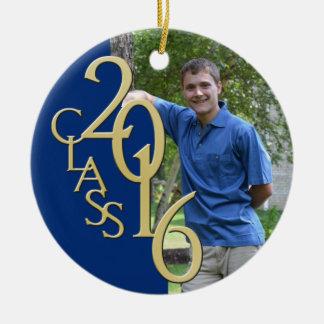 Clase 2016 azul y foto graduada del oro adorno navideño redondo de cerámica