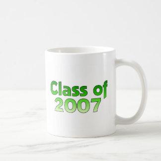 Clase de 2007 verdes y de blanco taza
