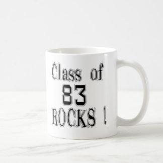 ¡Clase de '83 rocas! Taza