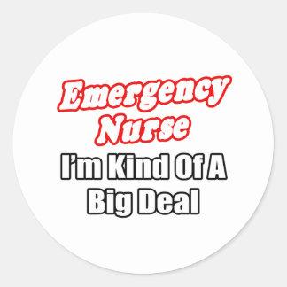 Clase de la enfermera de la emergencia… de una pegatina redonda