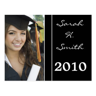 Clase de las invitaciones 2010 de la graduación postal