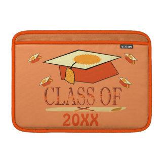 Clase del gorra de la graduación del amarillo fundas MacBook