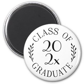 Class of 2021 Graduate Chic Black Typography Magnet