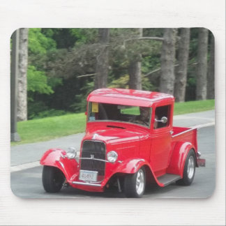 Classic antique v8 red pickup truck mouse pad