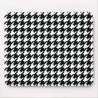 Classic Black and White Houndstooth Pattern Mouse Pad