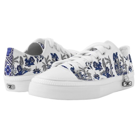 Classic Blue Willow China Design Low-Top Sneakers
