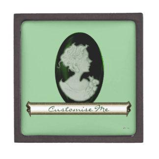 Classic Cameo (Jade/Green) Gift Box