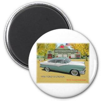 Classic Cruisin Cars1956 Ford Fairlane Victoria 2 Inch Round Magnet