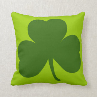 Classic Green Shamrock Throw Pillow