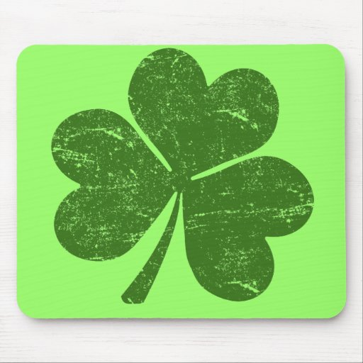 Classic Irish Shamrock Mouse Pad