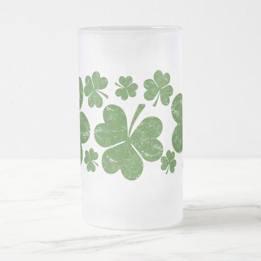 Classic Irish Shamrock 16 Oz Frosted Glass Beer Mug
