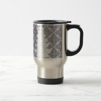 Classic Modern Damask Pattern Christmas Tree 15 Oz Stainless Steel Travel Mug