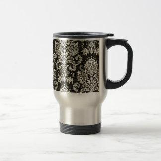 Classic Red White Damask Pattern 15 Oz Stainless Steel Travel Mug