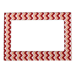 Classic Ripple Chevron Magnetic Frame - Red