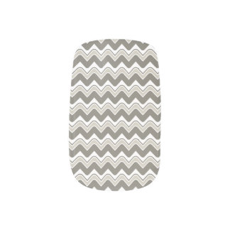 Classic Ripple Chevron Minx Nails - Grey Minx ® Nail Art
