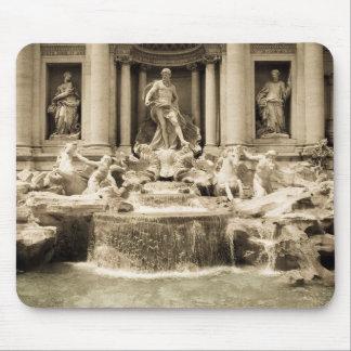 Classic Trevi Fountain, Rome Mouse Pad