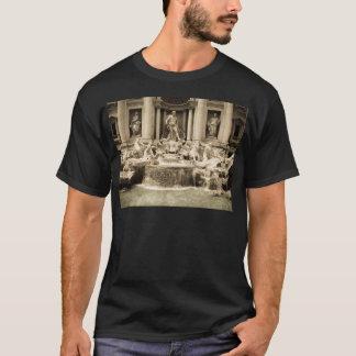 Classic Trevi Fountain, Rome T-Shirt