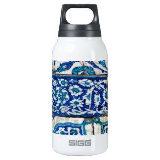 Classic Vintage iznik blue and white tile patterns Thermos Bottle