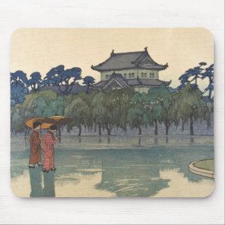 Classic vintage ukiyo-e japanese rainy scenery art mouse pad