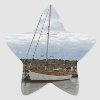 Classic Yacht Thruppence Star Sticker