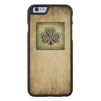 Classy grundge Irish lucky shamrock Carved Maple iPhone 6 Slim Case
