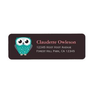 Claude las etiquetas del remite del pequeño búho e etiqueta de remite