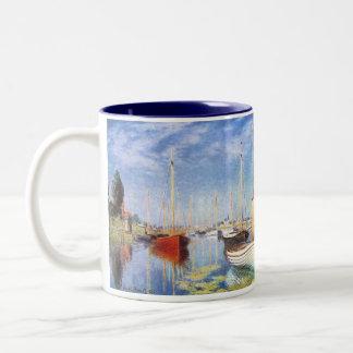 Claude Monet: Barcos de placer en Argenteuil Taza Dos Tonos