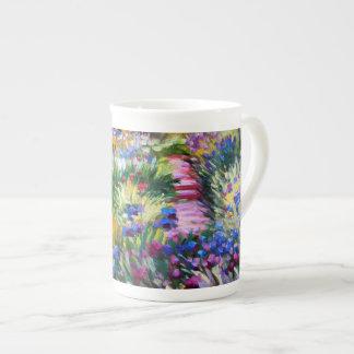 Claude Monet: Jardín del iris por Giverny Taza De Porcelana