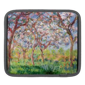 Claude Monet | Printemps a Giverny iPad Sleeve