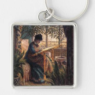 Claude Monet: Señora Monet Embroidering Llavero Cuadrado Plateado