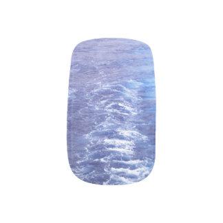Clavos de la moza descarada de las olas oceánicas stickers para manicura