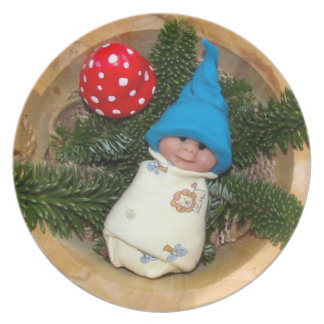 Clay Baby Elf with Blue Hat: Toadstool, Sculpture Plate