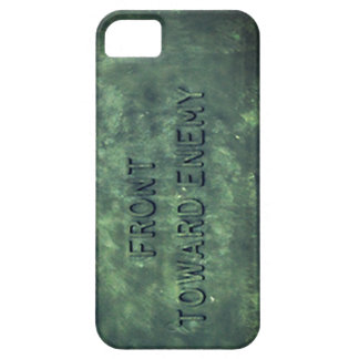 Claymore - Front Towards Enemy iPhone SE/5/5s Case