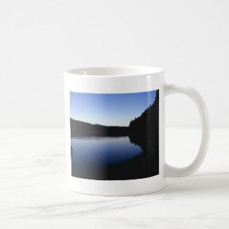 Clear Lake, Oregon, dawn Mug