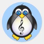 Clef agudo del pingüino de la música pegatinas redondas
