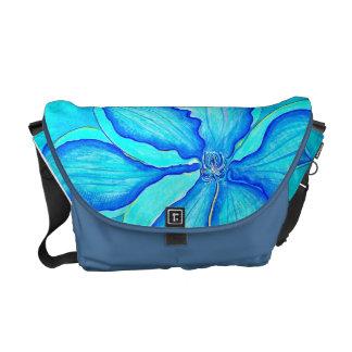 Clematis Messenger Bag
