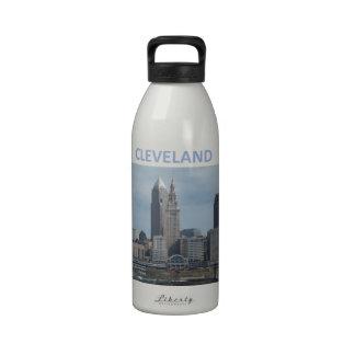 Cleveland céntrica botellas de agua reutilizables