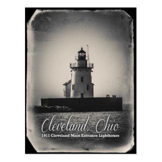 Cleveland, Ohio - 1911 Main Entrance Lighthouse Postcard