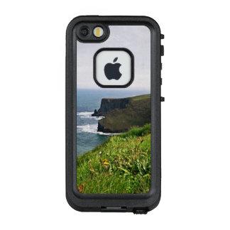 Cliffs in Ireland LifeProof FRĒ iPhone SE/5/5s Case