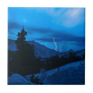 Clima tempestuoso Yosemite del cielo Azulejos Ceramicos