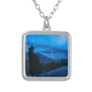 Clima tempestuoso Yosemite del cielo Colgante