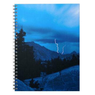Clima tempestuoso Yosemite del cielo Libros De Apuntes