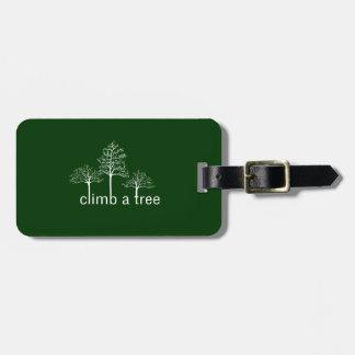 Climb a tree design luggage tag